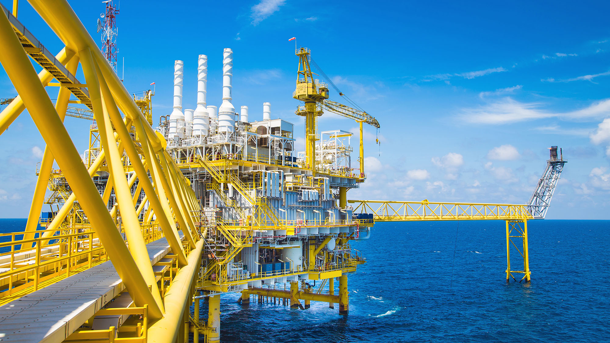 Oil and Gas processing platform,producing gas condensate and wat